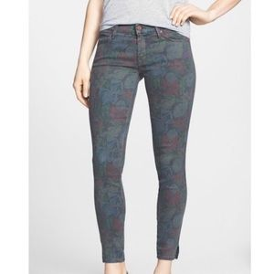 MOTHER 'The Vamp' Floral Crop Skinny Jeans